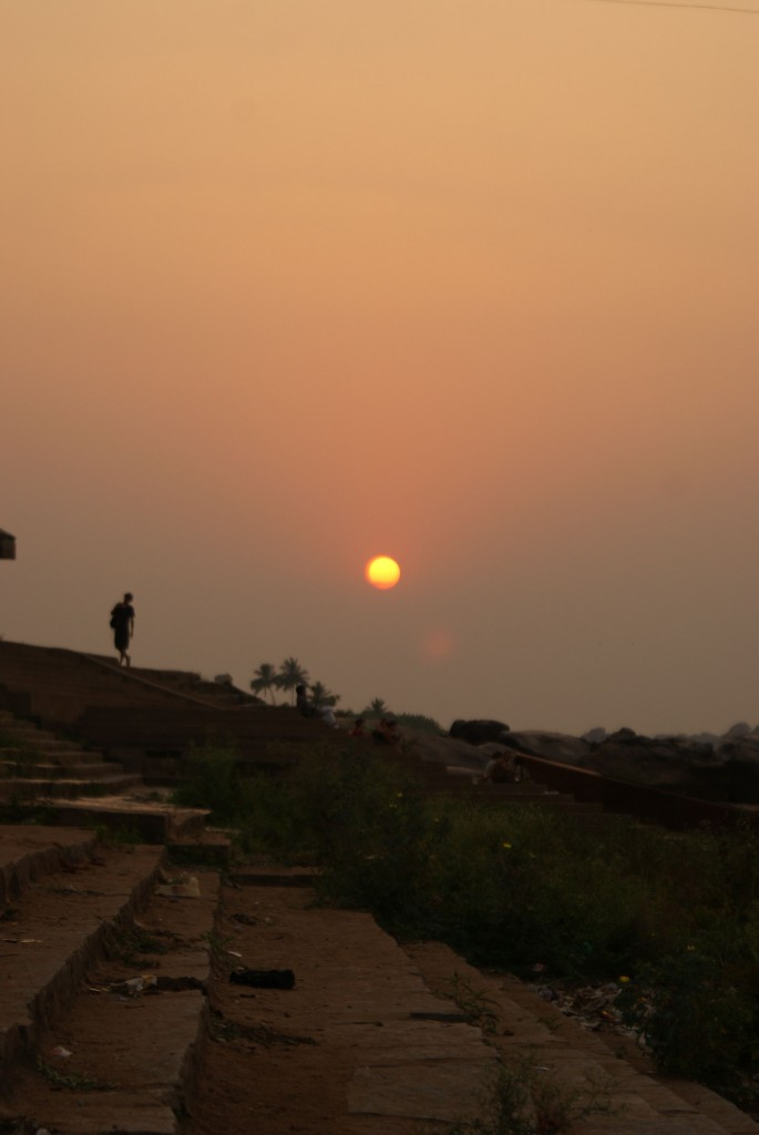 Coucher de soleil sur Hampi, la température va pouvoir redescendre